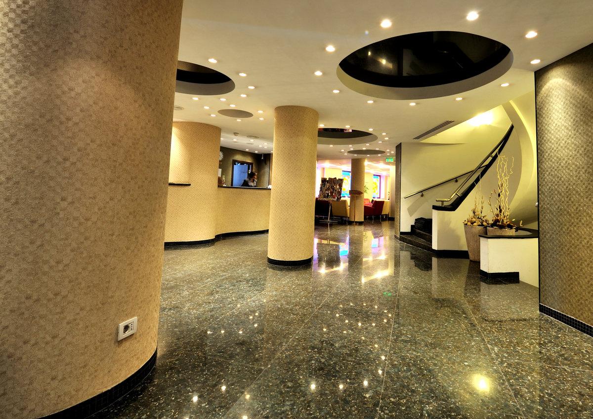 Hotel Minerva - Receptie Contact